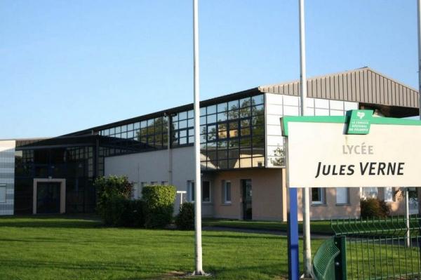 Lyc e professionnel grandvilliers site officiel de la - Piscine de grandvilliers ...