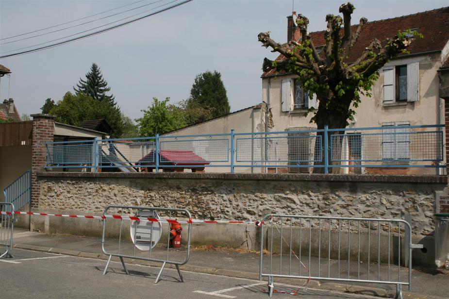 Peinture à Lécole Maternelle Mortcerf Site Officiel De La Commune